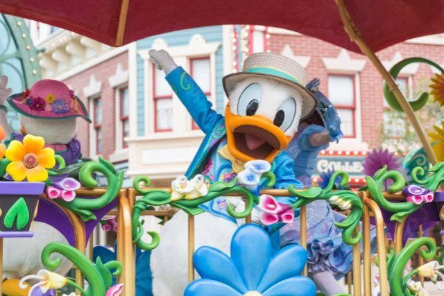 Donald Duck at Hong Kong Disney Spring Carnival