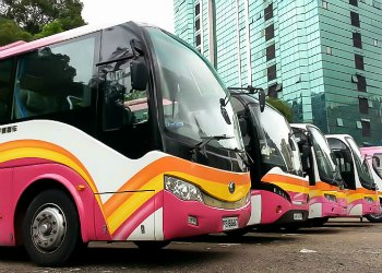 Hong Kong Travel: Airport Shuttle Buses