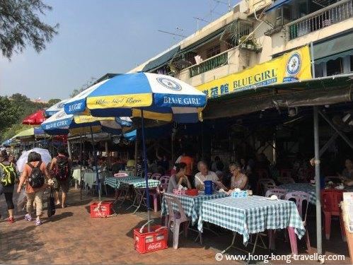 Outdoor cafes in Cheung Chau