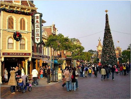 Christmas Tree at Hong Kong Disneyland