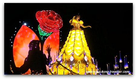 Disney Paint the Night Parade: Belle