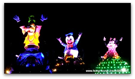 Disney Paint the Night Parade: Goofy, Donald, Minnie
