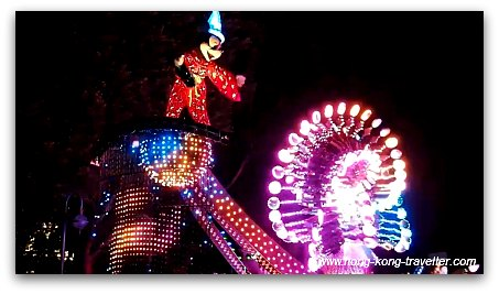 Disney Paint the Night Parade: Mickey Final Float
