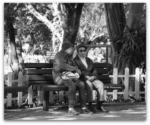 Old folks for a walk in the park