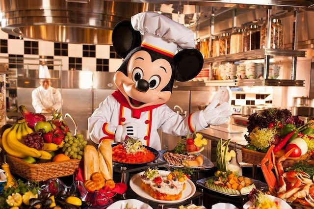 Disney Hollywood Hotel - Chef Mickey