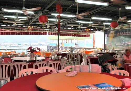 Sok Kwu Wan Waterfront  Seafood Restaurants