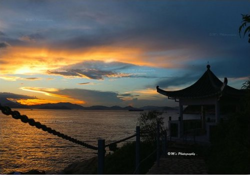 Breathtaking sunset in Lamma Island