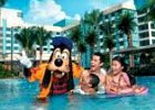 Goofy at Disneyland Hollywood Hotel