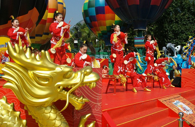 Chinese New Year Acrobats at Ocean Park
