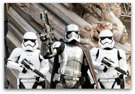 Tomorrowland HK - Stormtroopers at Command Post