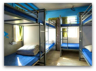 Urban Pack Hostel Dormitory and Bed Arrangement