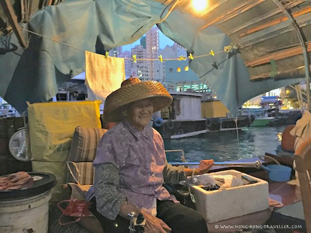 Aberdeen Sampan Ride with Tanka Lady
