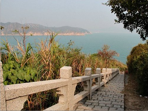 Hiking Trail Mini Great Wall in Cheung Chau