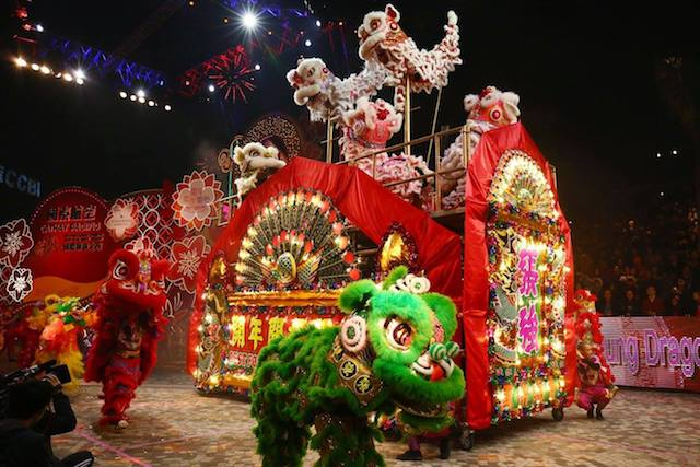 Hong Kong Chinese New Year Parade: The Cathay Pacific Float, the official sponsor