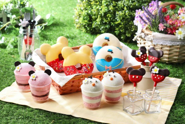 Sweets and Snacks at Hong Kong Disney Spring Carnival