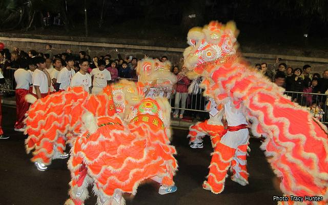 hong kong chinese new year paradetroupes of lion dancers make their way - When Does The Chinese New Year Start