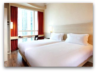 Cheap Hotels in Hong Kong: