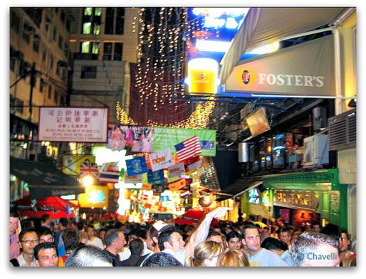 Hong Kong Neighborhoods: SoHo Bars and Restaurants