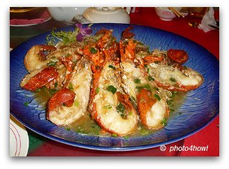 Sauteed Lobster in garlic and scallion sauce