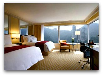 Ample suites with magnificent views at JW Marriott