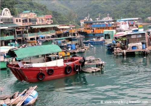 Sok Kwu Wan Waterfront and Fishing Junks
