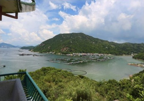 Views of the mountains and beaches from the Lamma Island Hiking Tour