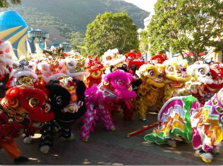 Lion Dance Extravaganza Performances at Ocean Park