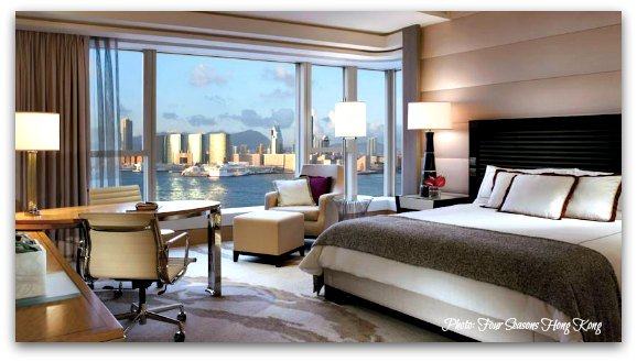 Luxury Hotels in Hong Kong: The Four Seasons Fantastic Suites Overlooking the Harbour