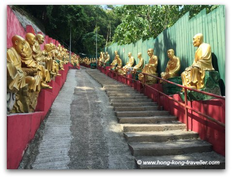 Path to the Ten Thousand Monastery, there are over 400 stairs to the top